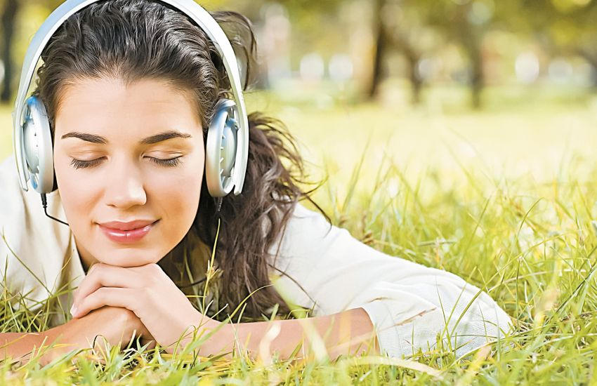 10 Positive Benefits of Listening to Music