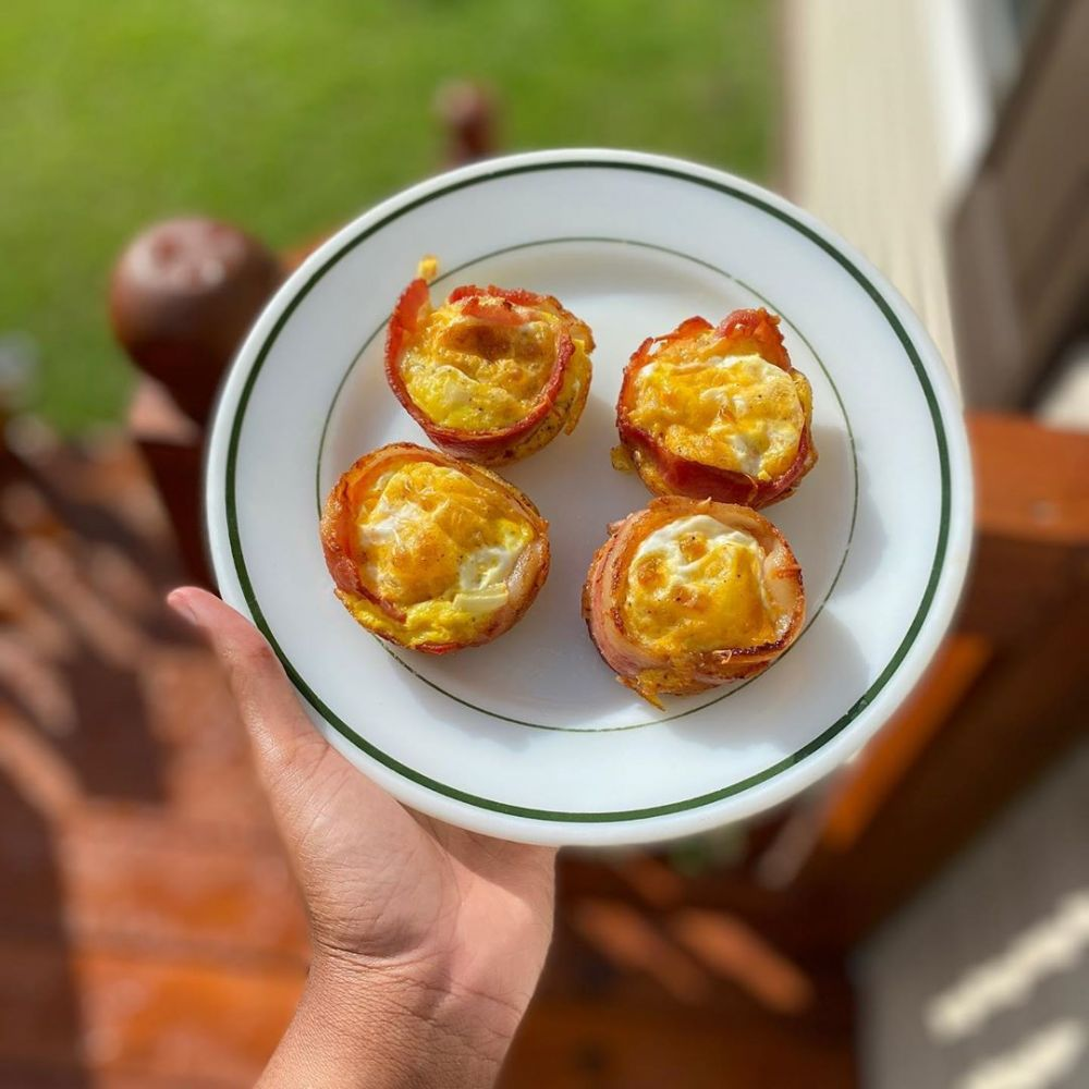 BACON AND EGG CUPS