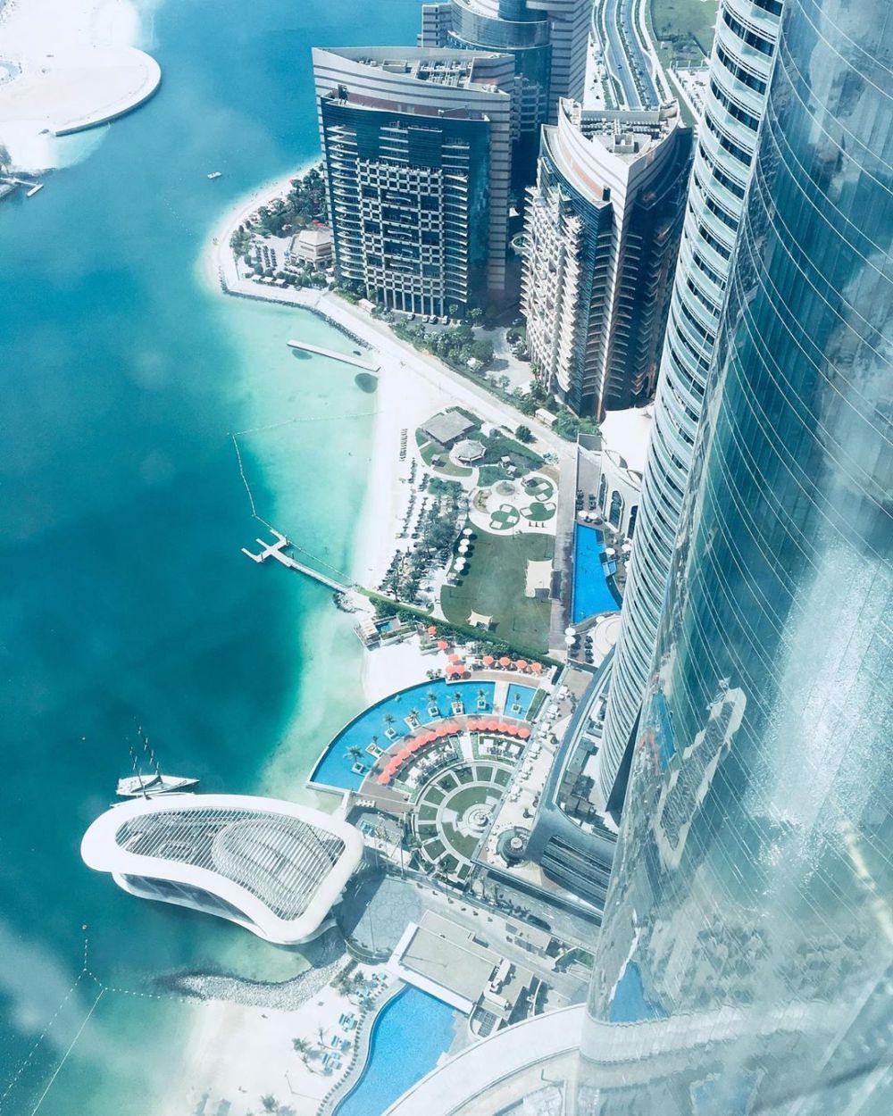 JUMEIRAH AT ETIHAD TOWERS, ABU DHABI UAE